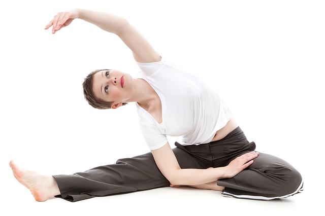 žena cvičí jógu.jpg
